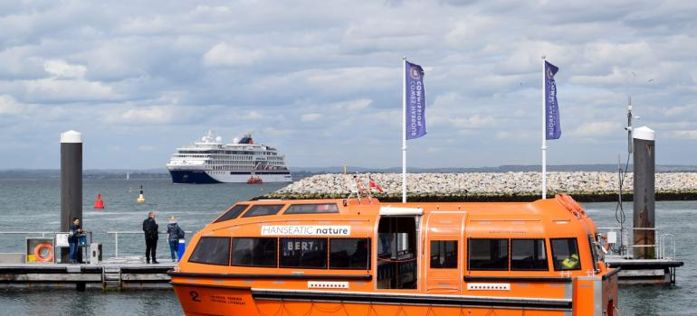 HANSEATIC Nature at Cowes